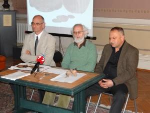 доц. д-р Валери Йотов, Александър Минчев и Атанстас Трендафилов - кмет на Община Бяла (от ляво на дясно)